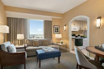 Two queens terrace suite oceanfront