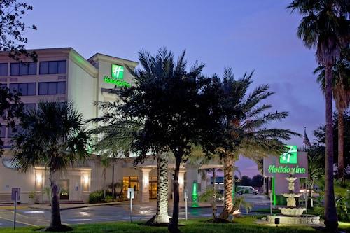 . Holiday Inn Houston Hobby Airport