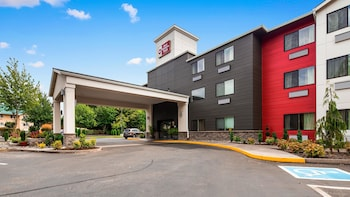 Best Western Plus Portland Airport Hotel & Suites