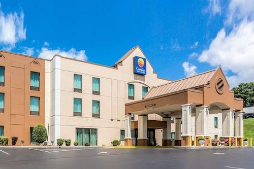 . Comfort Inn & Suites Cookeville