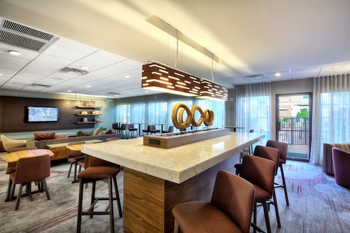 . Courtyard by Marriott McAllen Airport