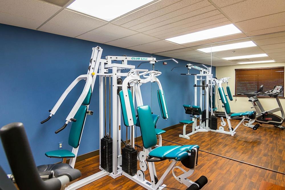 퀄리티 인 & 스위트(Quality Inn & Suites) Hotel Image 21 - Fitness Facility