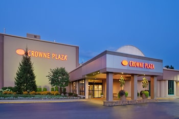 Hotel - Crowne Plaza Chicago-Northbrook