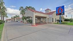 Motel 6 Edinburg, TX