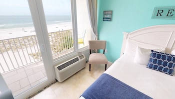 Executive Room, 1 King Bed, Ocean View (403)