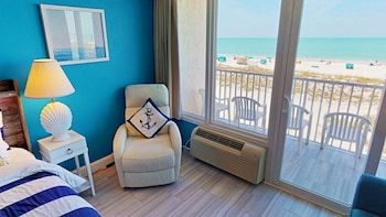 Executive Room, 1 King Bed, Ocean View (301)