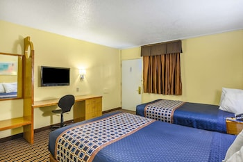 Room, 2 Double Beds, Smoking, Microwave