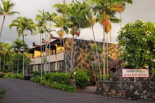 . Uncle Billy's Kona Bay Hotel