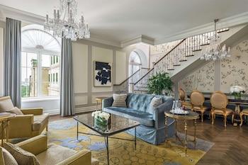 Penthouse 1 BR Suite King