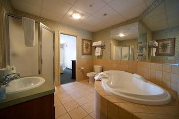 https://i.travelapi.com/hotels/1000000/30000/28100/28091/e5291d55_b.jpg