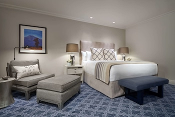 Ojai Luxury Room with King Bed