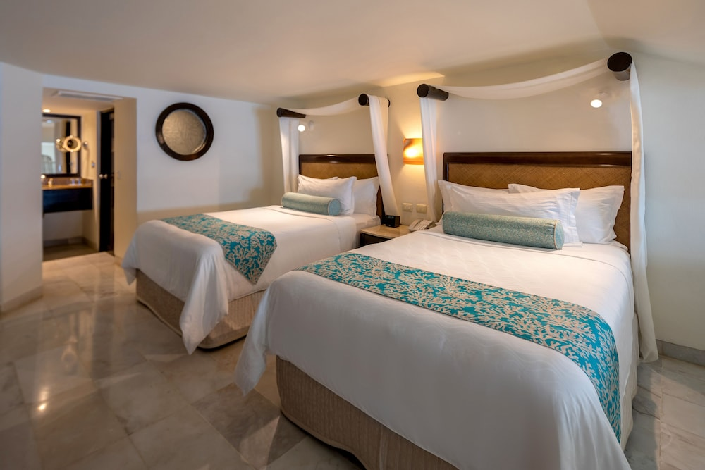 https://i.travelapi.com/hotels/1000000/30000/28200/28116/507f21d9_z.jpg