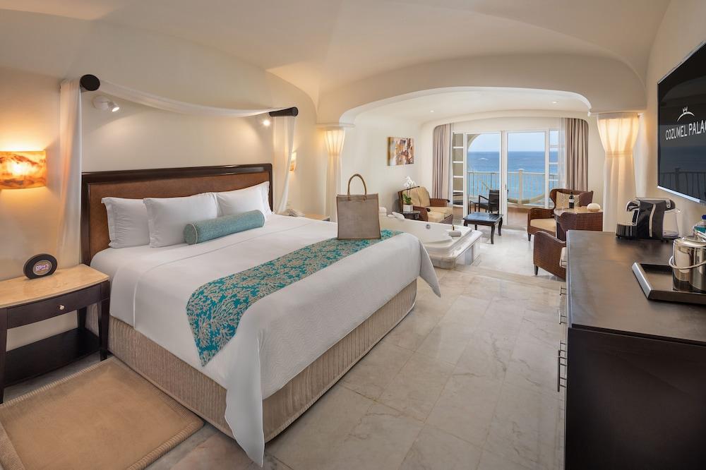 https://i.travelapi.com/hotels/1000000/30000/28200/28116/b67067d5_z.jpg