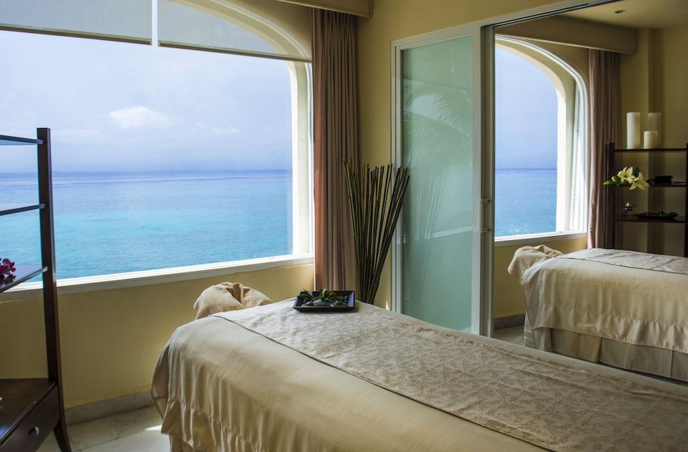 https://i.travelapi.com/hotels/1000000/30000/28200/28116/b8412afe_z.jpg