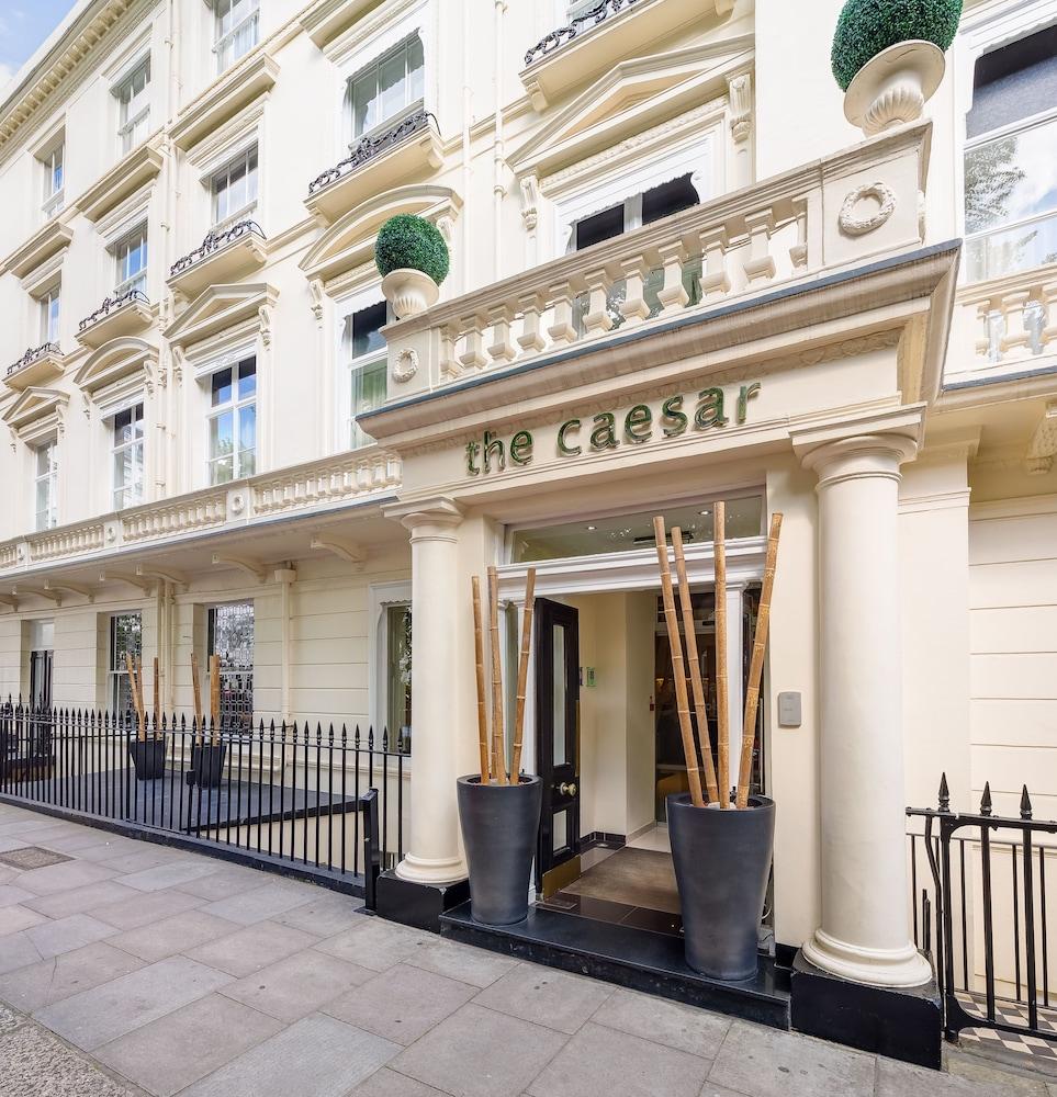 Caesar Hotel, Featured Image