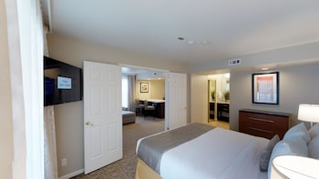 Family Suite, 2 Bedrooms, Kitchen