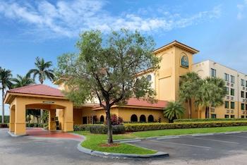勞德代爾堡賽普拉斯溪溫德姆拉昆塔套房飯店 La Quinta Inn & Suites by Wyndham Ft Lauderdale Cypress Cr