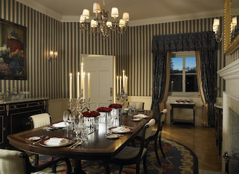 Suite (Prince of Wales)