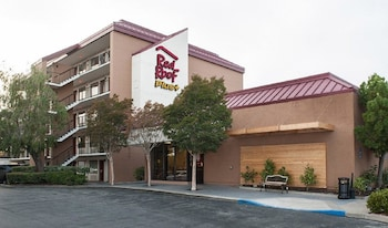 Red Roof Inn PLUS+ San Francisco Airport