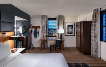 Signature Suite, 1 King Bed (In Partnership with Seattle Made)