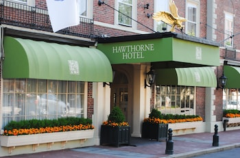 Hotel - Hawthorne Hotel