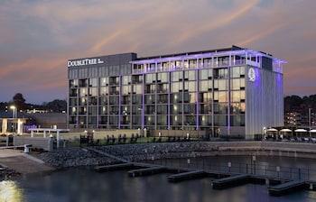 溫泉希爾頓逸林飯店 DoubleTree by Hilton Hot Springs