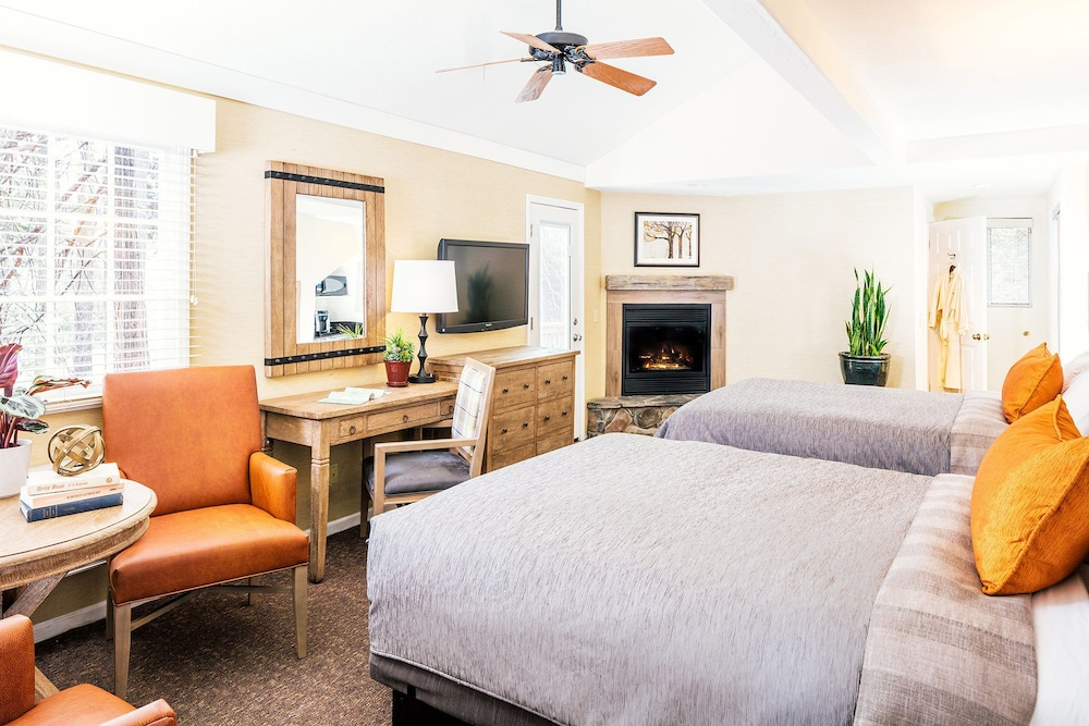 Cottage, 2 Queen Beds