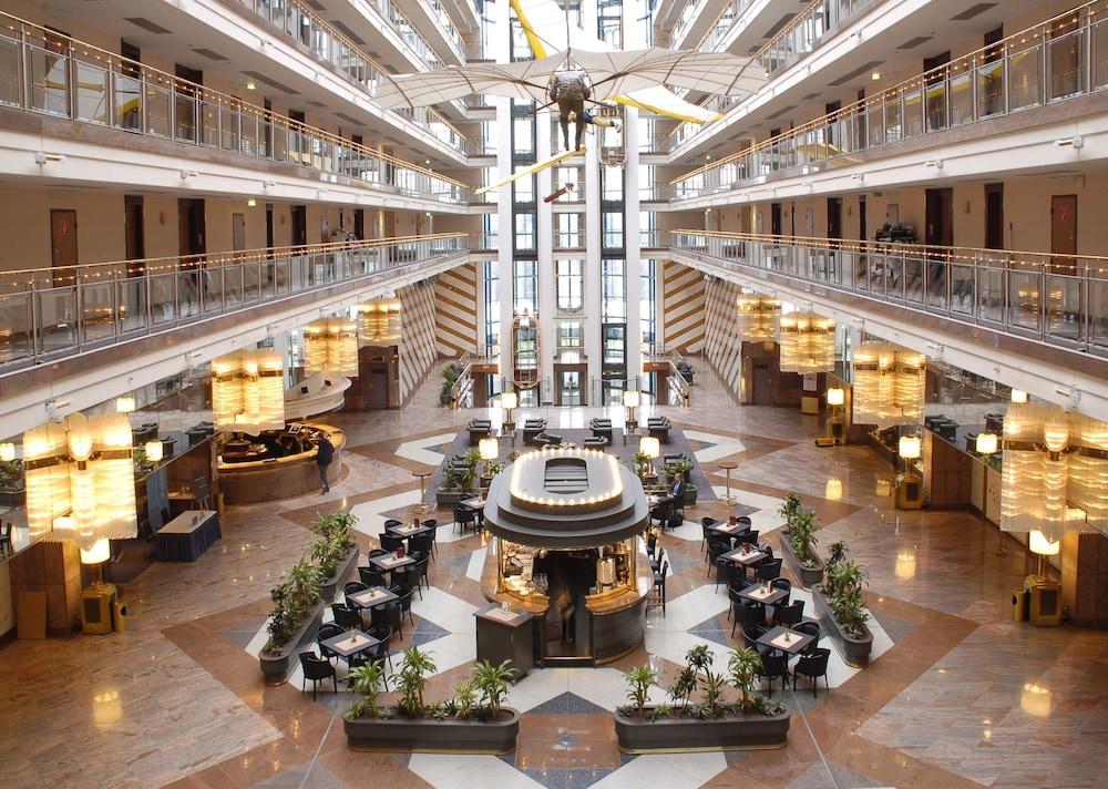 마리팀 에어포트 호텔 하노버(Maritim Airport Hotel Hannover) Hotel Image 2 - Lobby
