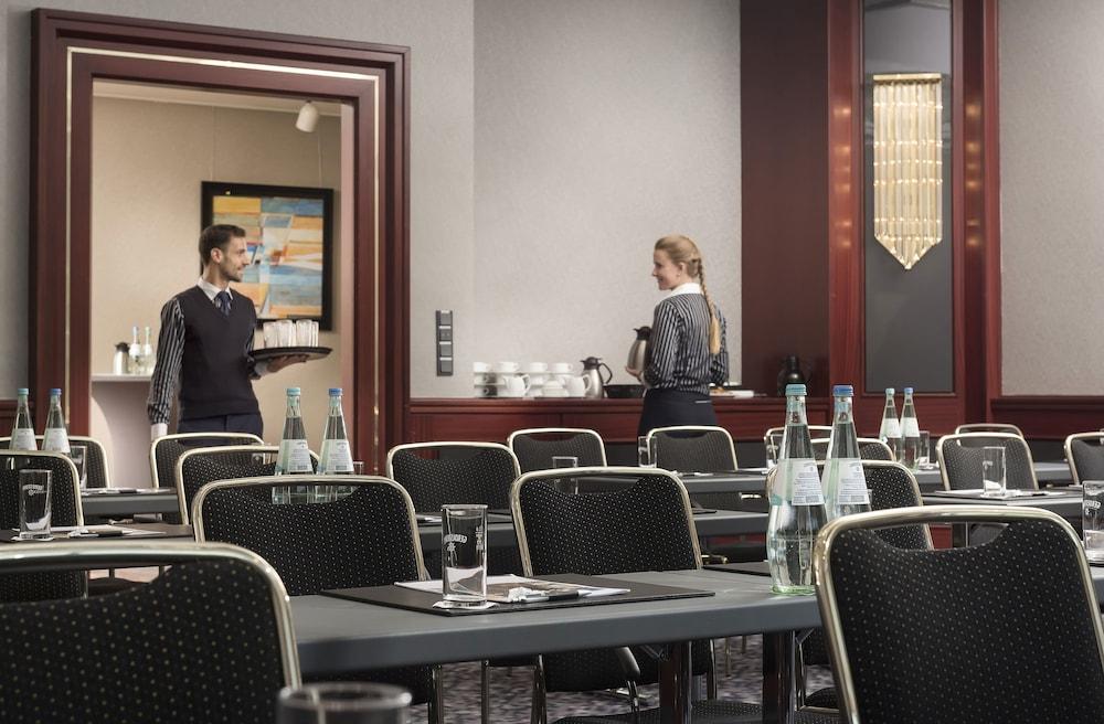 마리팀 에어포트 호텔 하노버(Maritim Airport Hotel Hannover) Hotel Image 28 - Meeting Facility