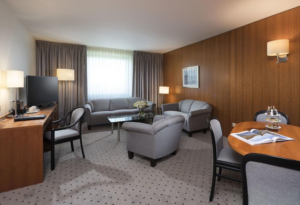 마리팀 에어포트 호텔 하노버(Maritim Airport Hotel Hannover) Hotel Image 7 - Guestroom