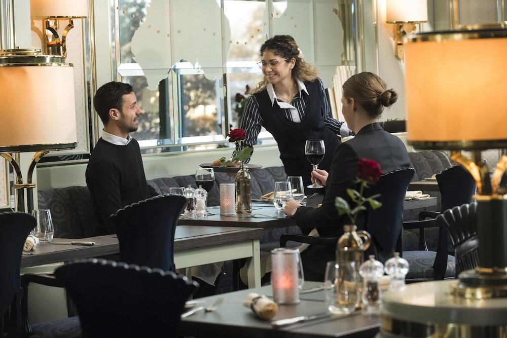 마리팀 에어포트 호텔 하노버(Maritim Airport Hotel Hannover) Hotel Image 29 - Restaurant