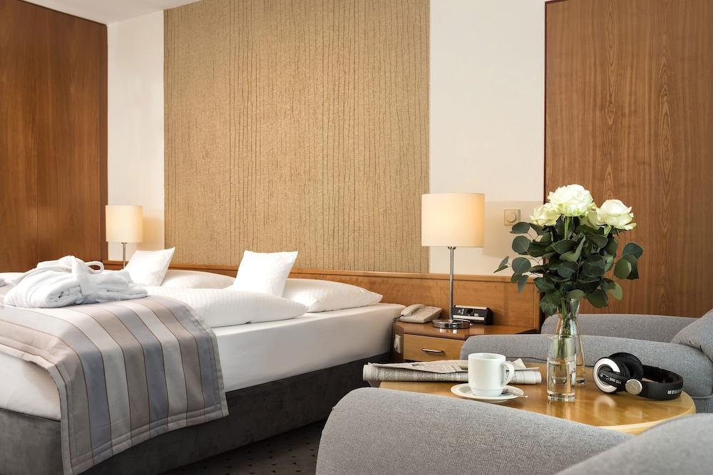 마리팀 에어포트 호텔 하노버(Maritim Airport Hotel Hannover) Hotel Image 11 - Guestroom