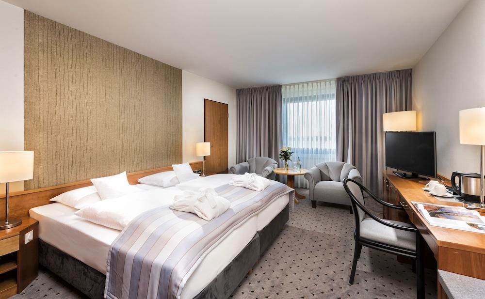 마리팀 에어포트 호텔 하노버(Maritim Airport Hotel Hannover) Hotel Image 13 - Guestroom