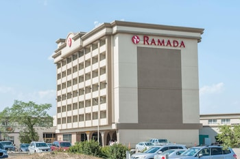 Hotel - Ramada by Wyndham Edmonton South