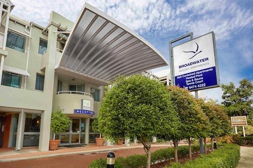 Broadwater Resort Como, South Perth