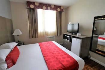 Suite, 1 Bedroom, Accessible, Non Smoking (Mobility Accessible)