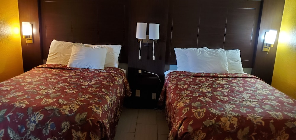 Suite, 1 King Bed, Non Smoking (Efficiency)