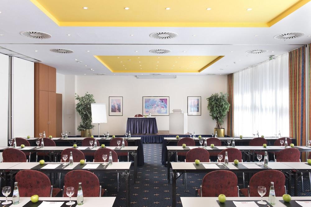 윈덤 가든 비스마(Wyndham Garden Wismar) Hotel Image 32 - Meeting Facility