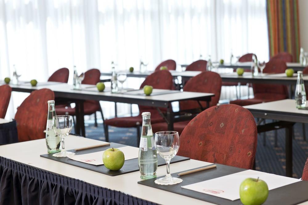 윈덤 가든 비스마(Wyndham Garden Wismar) Hotel Image 28 - Meeting Facility