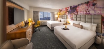 North Tower Luxury Room - Two Queen Beds