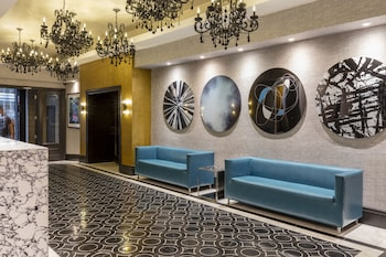 Lobby Sitting Area at Amsterdam Court Hotel in New York