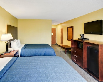 Guestroom at Quality Inn & Suites in Grand Prairie