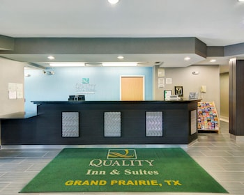 Lobby at Quality Inn & Suites in Grand Prairie