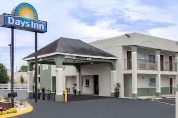 Featured Image at Days Inn by Wyndham Goose Creek in Goose Creek