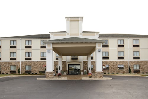 . Holiday Inn Express Adrian