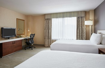 Room, Accessible (Roll-in Shower)