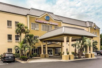 Exterior at Comfort Suites in Conway