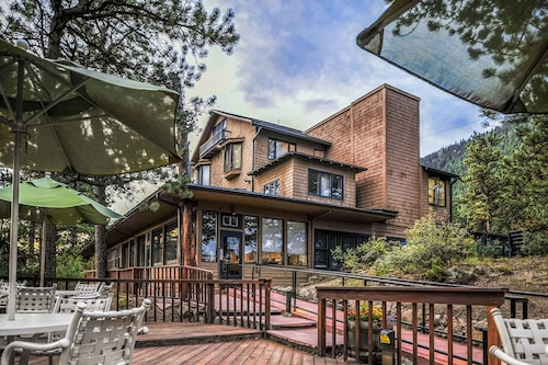 . The Historic Crags Lodge by Diamond Resorts