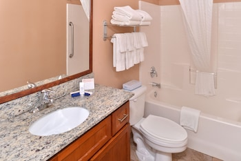 Deluxe Room, 1 King Bed, Accessible, Bathtub (Mobility)