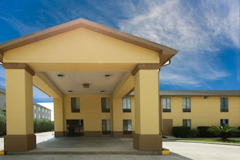 Hotel - Super 8 by Wyndham Sulphur Lake Charles